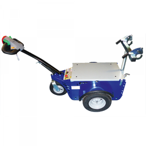 Tracteur pousseur accompagnant le déplacement des conteneurs poubelles